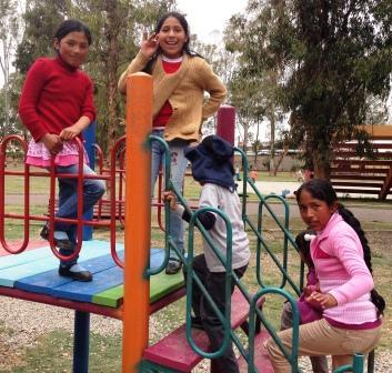 Mädchen_klettern